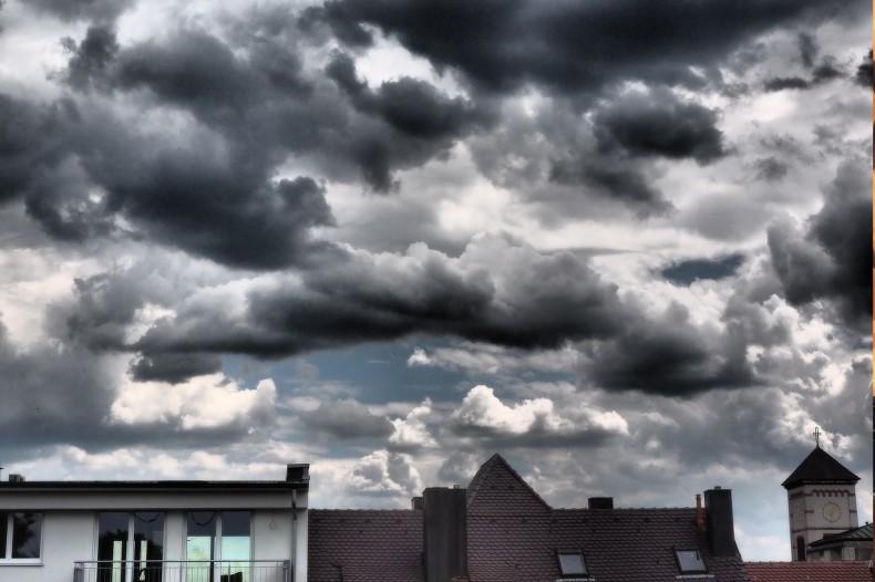 「空・雨・傘」の論理的3点思考で発表や報告に強くなる