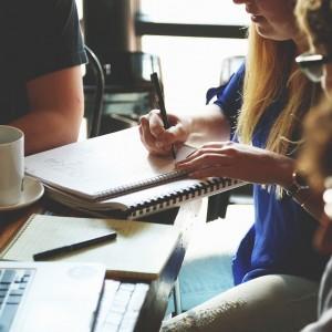 研究発表で受けた質問から発表資料の改善指針を得る方法