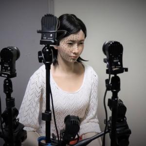 顔皮膚の動きの精密計測